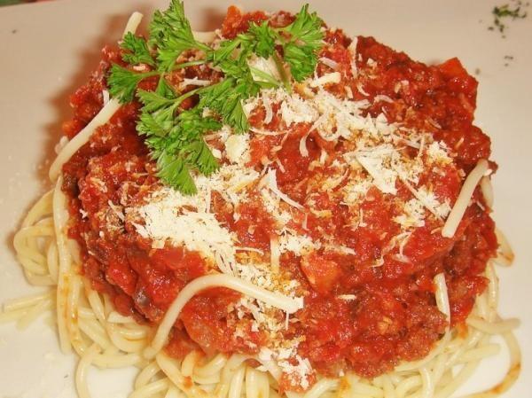 Receta de Espaguetis boloñesa #RecetasGratis #RecetasdeCocina #RecetasFáciles #LasMejoresRecetas #RecetasPopulares #Pasta #Espaguetis #Boloñesa