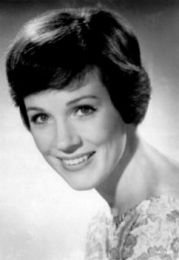 Julie Andrews, so pretty without makeup. Ahhhh