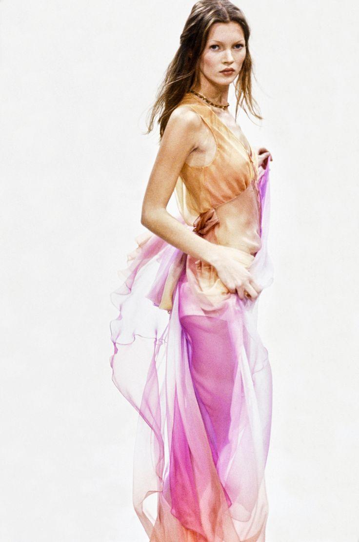 Perry Ellis Spring 1993 Ready-to-Wear Fashion Show - Christy Turlington Burns