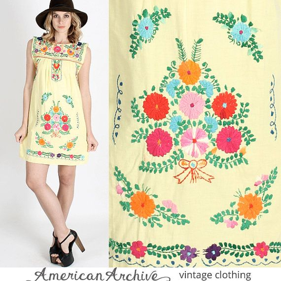 vintage 70s Yellow Mexican Mini Boho Floral Embroidered Hippie Festival Party Dress