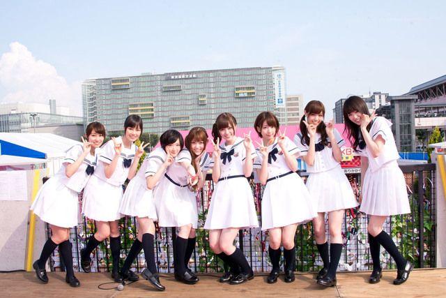 「めざましライブ」前に「AKB48お台場りんかい学校」に登場した乃木坂46八福神のメンバー。