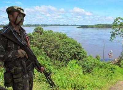 Folha Política: Soldados que defendem fronteiras da Amazônia vivem na 'idade da pedra'