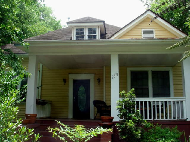 71 best craftsman bungalow exterior paint schemes images for Bungalow paint schemes