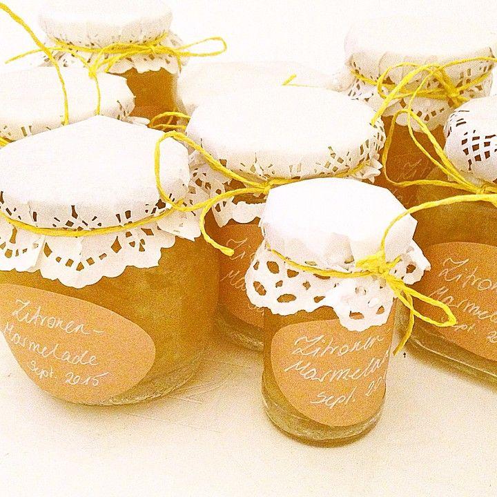 Zitronenmarmelade, ein raffiniertes Rezept aus der Kategorie Frühstück. Bewertungen: 33. Durchschnitt: Ø 4,3.