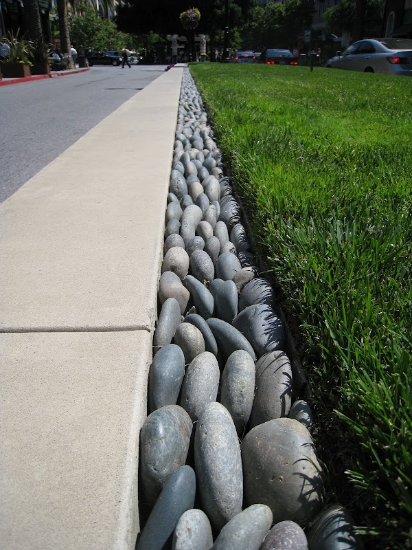 River Rock Edging; for the front yards instead of brick?