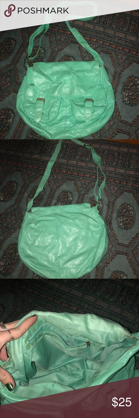 Teal crossbody bag! Barely used! Gorgeous teal color crossbody bag, clean exterior, two pockets on the outside, two pockets on the inside, one interior zipper pocket, clean interior! Nordstrom Bags Crossbody Bags