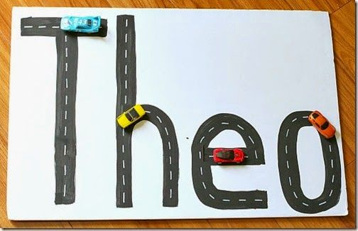 Preschooler will love learning their name with this fun car activity! This is also great for Kindergartners to practice spelling their name or other sight words!  #preschool #kindergarten