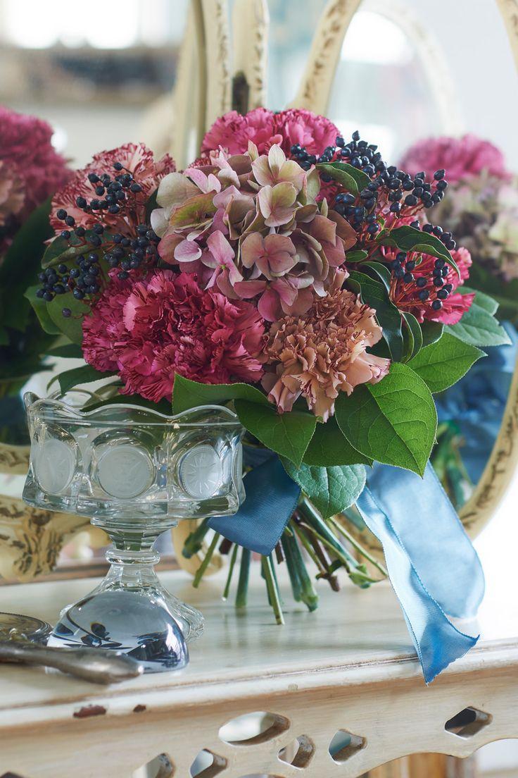#wedding #bouquet #flower #Hydrangea macrophylla #pueple #bule #vintage #antique #sweet #Malta #NOVARESE #ウエディング #ブーケ #フラワー #アジサイ #パープル #ブルー #ヴィンテージ #アンティーク #スウィート #マルタ #ノバレーゼ