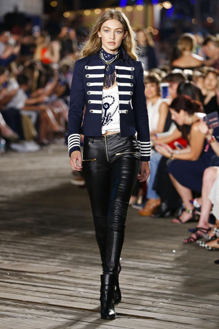 Tommy Hilfiger | Ready-to-Wear - Autumn 2016 | Look 1 on Gigi Hadid
