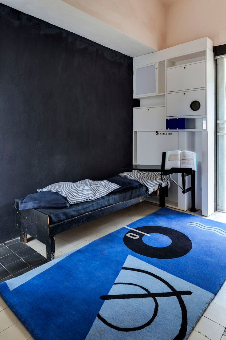 25 best eileen gray ideas on pinterest. Black Bedroom Furniture Sets. Home Design Ideas