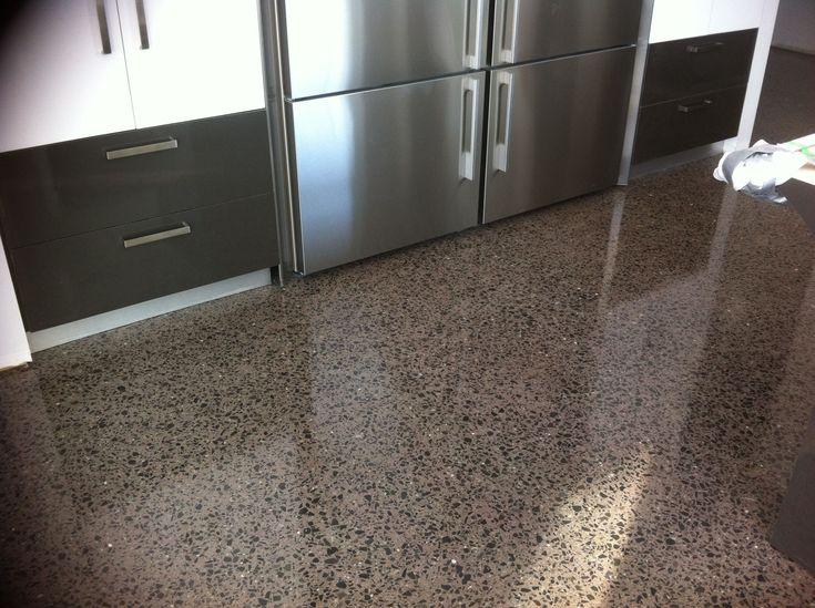Les 25 meilleures id es de la cat gorie plancher beton sur pinterest sol en - Plancher beton sous sol ...