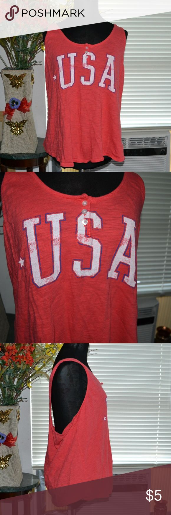 Old navy USA tank top I ship Monday- Friday (sometimes Saturday!) Smoke free home.   A super cute old navy tank top size xlarge in good condition has some minor pilling. 100% cotton. Old Navy Tops Tank Tops