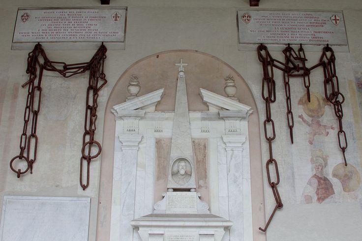Tomb of Bartolomeo Medici and the chains of Pisa's harbour - Camposanto - Pisa 2014 (2) - Repubbliche marinare - Wikipedia