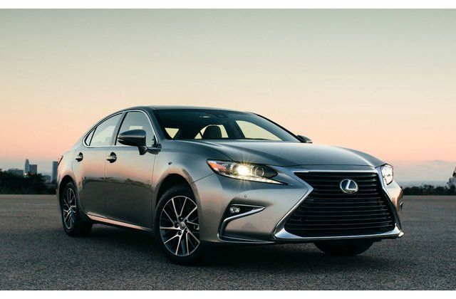 15 Best Luxury Sedans Under 40 000 Us News Lexus Es Lexus Ls New Lexus