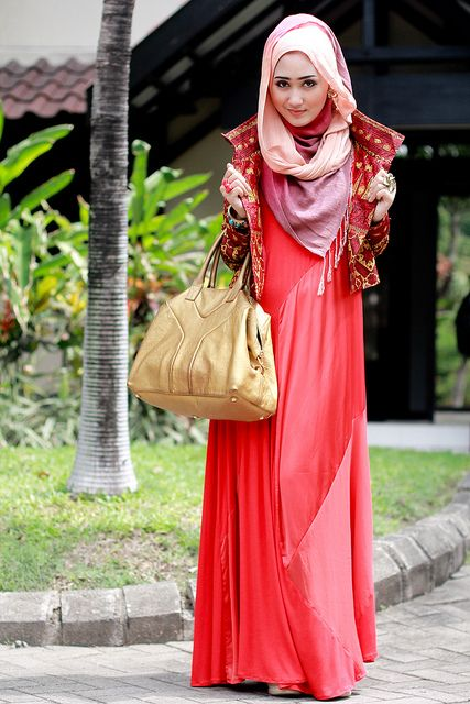 hijab style: i have that dress
