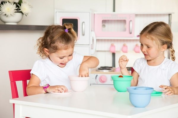 From cook to serve, AdoraBOWLS have baby feeding covered - http://babyology.com.au/feeding/from-cook-to-serve-adorabowls-have-baby-feeding-covered.html
