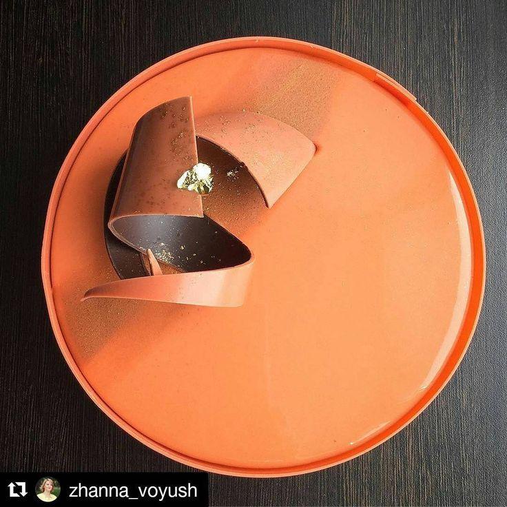 173 отметок «Нравится», 1 комментариев — DessertArtisan (@dessertartisan) в Instagram: «Repost @zhanna_voyush Ещё одно слово о декоре мужских тортов... #DessertArtisan #муссовыйторт…»