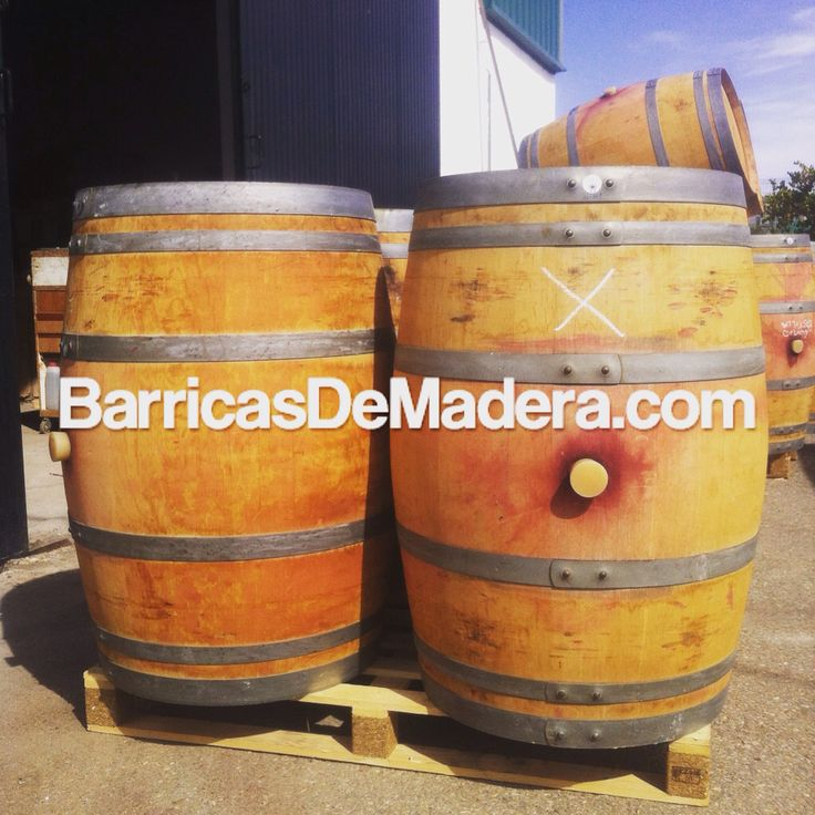 Estas bonitas barricas de roble francés se van para Zaragoza y Valladolid para seguir haciendo buen vino. These stunning French oak barrels are on their way to Zaragoza and Valladolid to keep making good wine.#2011 #barriques #botti #redwine #wijnvaten #vaten #vintønde #planter #winery #bodega #woodenbarrel #woodenbarrels #cooperage #recycling #regentonne #tonneau #futdechene #winebarrel #oakbarrel #tonneaux #casks #cooperage #redwine #barricas #toneles #barriles #cubas