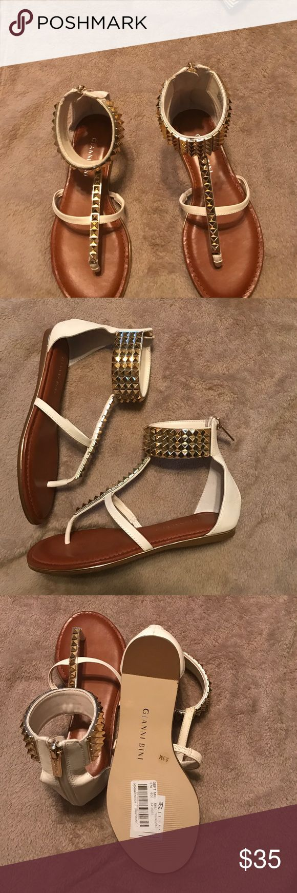 Cream sandals with gold beading by Gianni Bini Gianni Bini sandals Gianni Bini Shoes Sandals