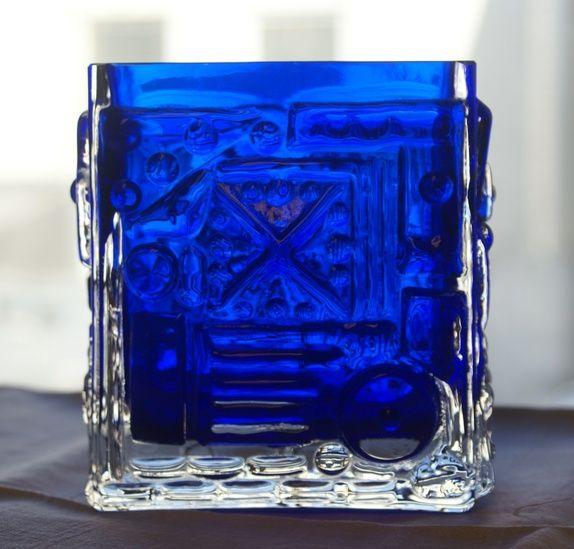 Blå kunstglass vase- Josef Schott