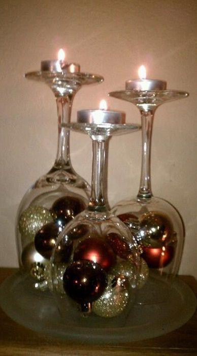 ¡Mira estas decoraciones con copas para adornar tu mesa de navidad! #Christmas