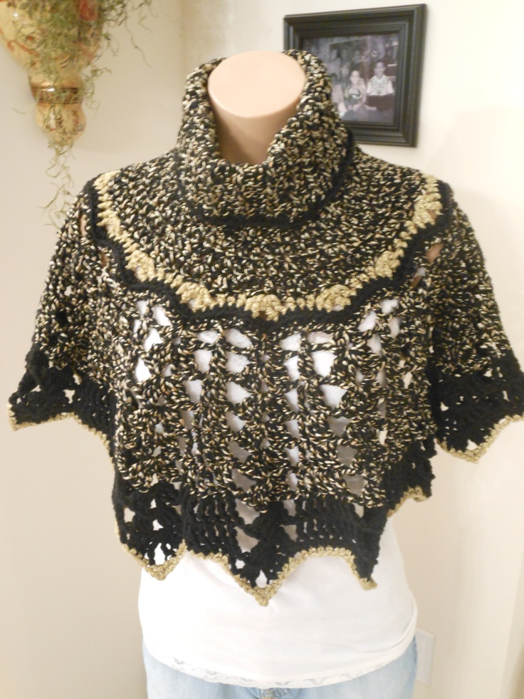 Hand crocheted turtleneck pullover - Black and Gold
