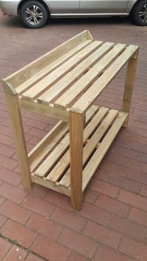 how to build a wooden plant stand
