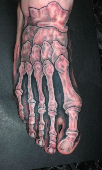 ok so is it weird that i kinda want a tat like this, except just on one toe, for when i graduate RAD Tech school?
