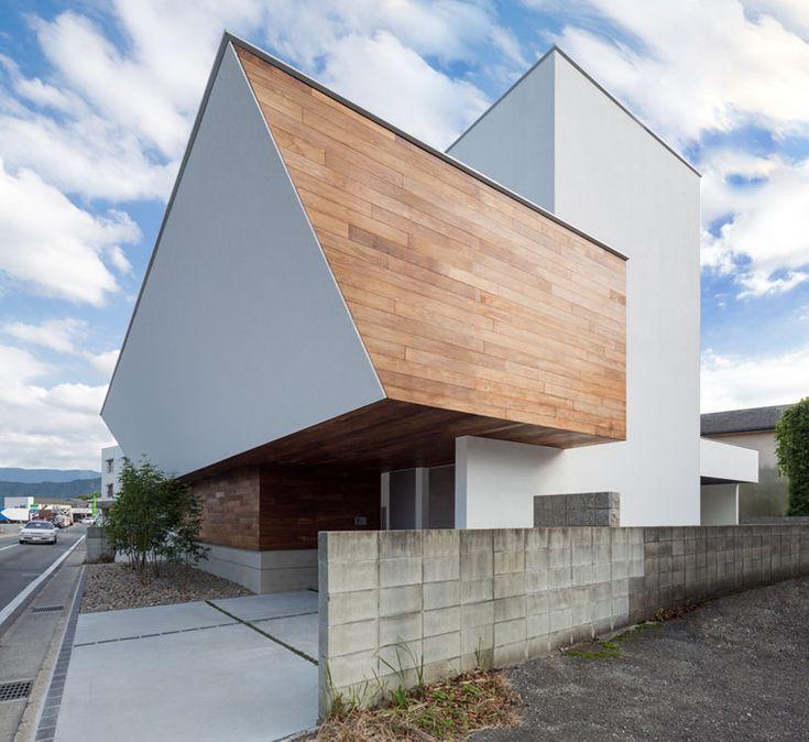 A2 house (shell house) by masahiko sato of architect show in fukuoka city, japan