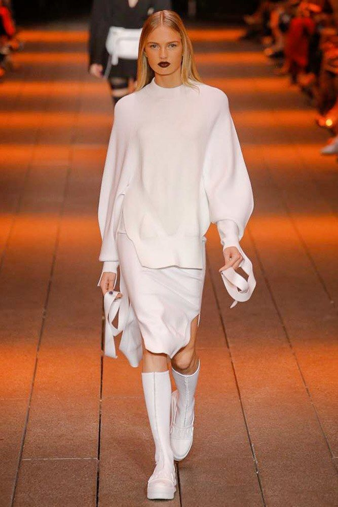 DKNY Spring 2017 Ready-to-Wear Fashion Show                                                                                                                                                                                 More