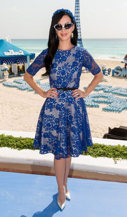 Katy Perry rocks a blue lace dress and killer silver heels