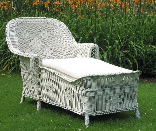 Interesting White Wicker Chaise Lounge For Outdoor