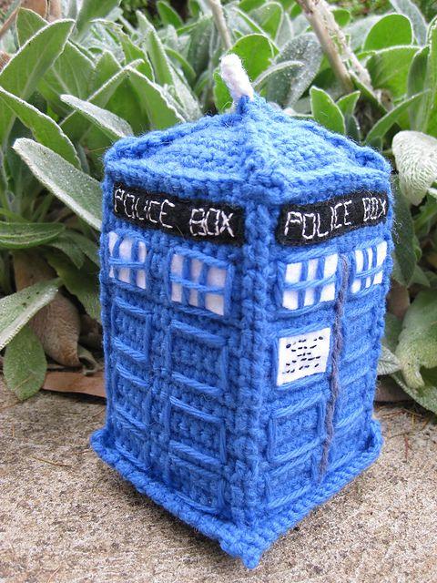 Ravelry: TARDIS amigurumi pattern by Army of Owls - Crochet