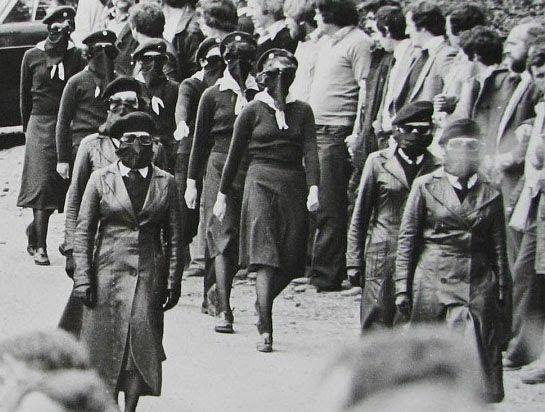 Female IRA. Ireland 1970's