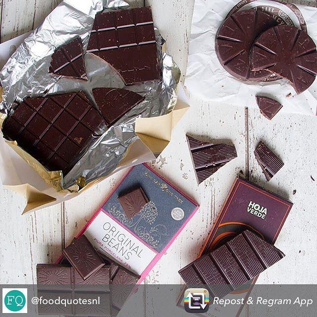 @foodquotesnl heeft genoten van de inspiración box! Benieuwd wat simone's favoriet was? Lees haar leuke review op de @foodquotesnl  site.  bestel deze box vandaag met 10% korting met de kortingscode 'smakelijkpasen'. Voor 16:00 besteld en een smakelijk pasen is gegarandeerd!  #nomnom #chocolade #review #chocola #bestellen #anderechocolade #aanbieding #korting #kortingscode #chocoladeverzekering #genieten #paas #paaseitjes #moveover #echt #puur