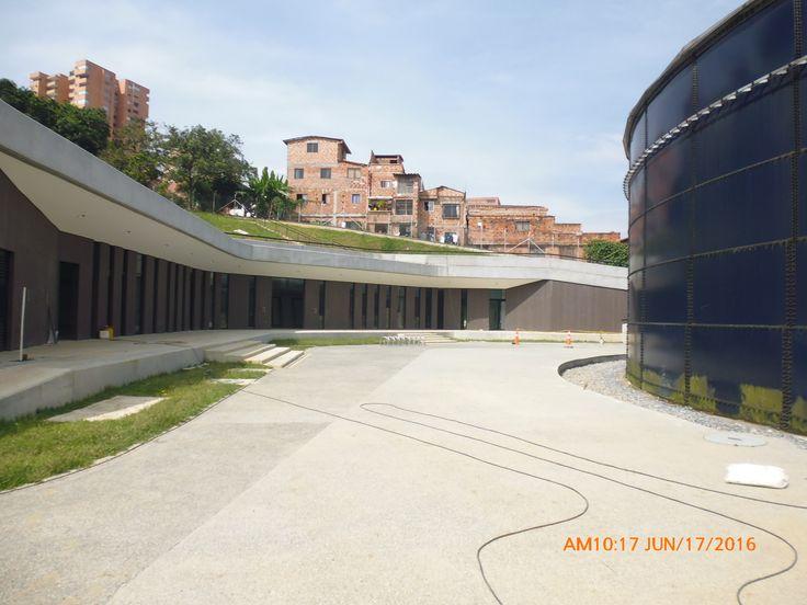 UNIDAD DE VIDA ARTICULADA (UVA) EL POBLADO. Medellín, Antioquia, Colombia. Cliente: Empresas públicas de Medellín.  Obra en ejecución