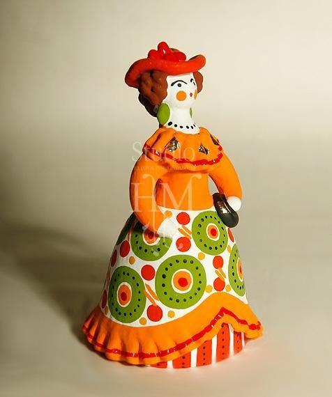 Барыня в платье дымковская игрушка