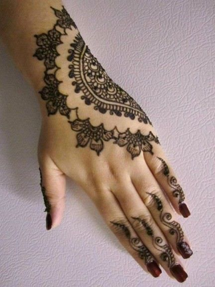 Latest Mehndi Designs for Girls and Women