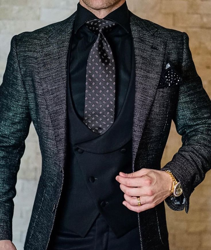 Three Piece Suits For Men At Wedding Repetition