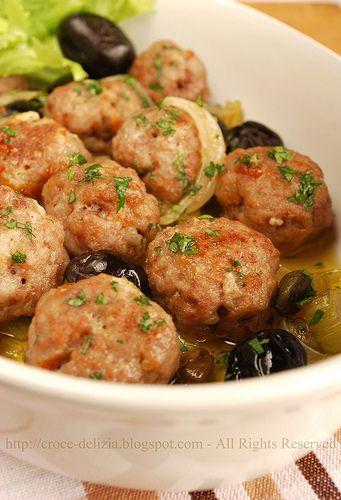 Polpettine al forno con senape e olive by Antonella F., via Flickr