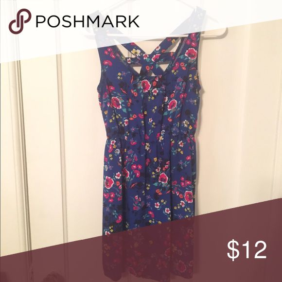 Wet Seal summer dress (S) Super cute blue and floral pattern short dress with crisscross back. Perfect for summer! Wet Seal Dresses Mini