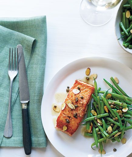 Salmon With Brown Butter, Almonds, and Green Beans