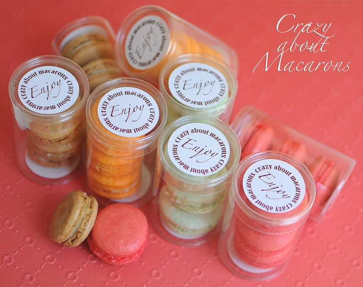 French Macarons as wedding favors  #FrenchMacarons