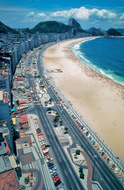 A survey of the Brazilian landscape architect, whose designs include the promenade along the Rio de Janeiro beachfront, is at the Jewish Museum.