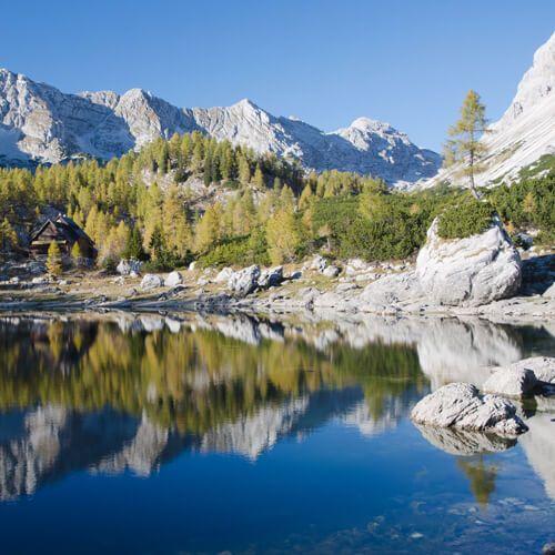 Het mooiste deel van de wandeling in Triglav National Park is de Vallei van de Zeven Meren van Triglav. Triglav is de hoogste berg van Slovenië. / www.mijnslovenie.com / @MijnSlovenie / #wandelen