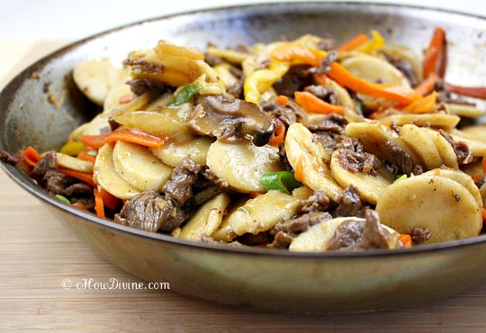 Bulgogi Ddukbokki (Non-Spicy Sautéed Korean Rice Cakes with Marinated Beef and Vegetables):  One of My Favorite Snacks