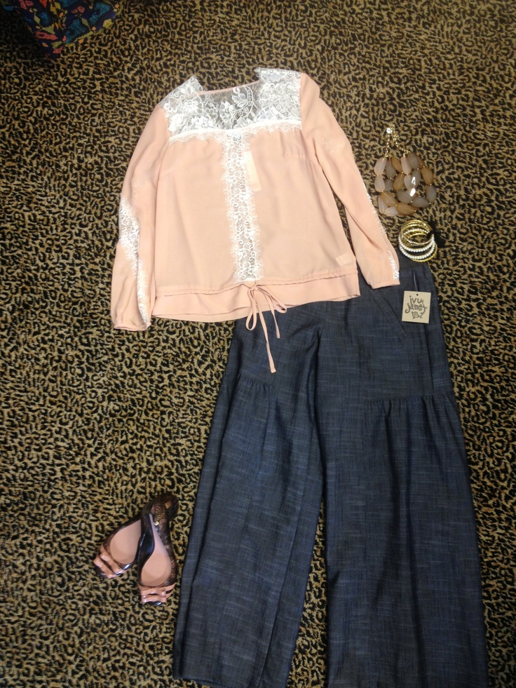 Pink lace top! Ivy Jane wide leg pant