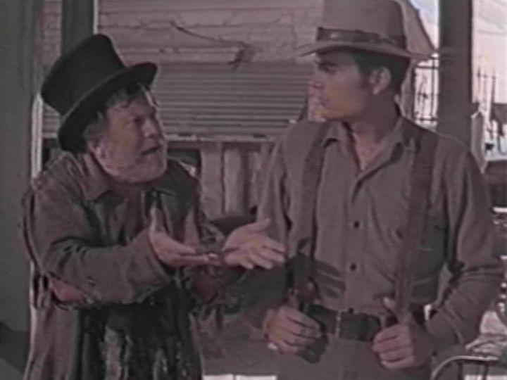 Edgar Buchanan as Bunny Dull and Patrick Wayne as Dev Warren