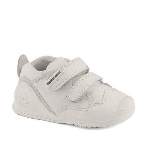 Incaltaminte primii pasi Biomecanics | pantofi biogateo | incaltaminte bebelusi | incaltaminte confortabila pentru copii de la 0 la 2 ani
