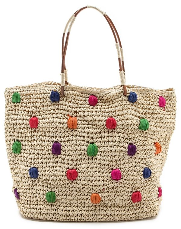 Beach Bound: Raffia and Straw Bags for Your Next Summer Getaway
